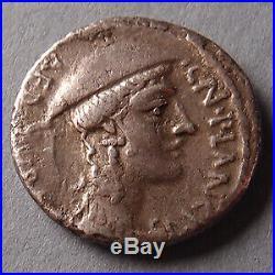 Cn. PLANCIUS, denier Rome en 55 avant JC, Tête coiffée, chèvre Crètienne, 3,38 g