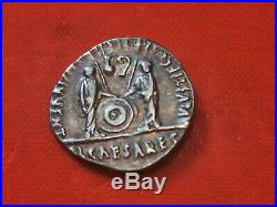 Denier AUGUSTE, CAIUS et LUCIUSPièce romaine