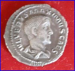 Denier De Maximus Caesar
