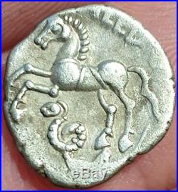 Denier Rèmes (région Reims) CALEDU à la tête casquée (monnaie gauloise)