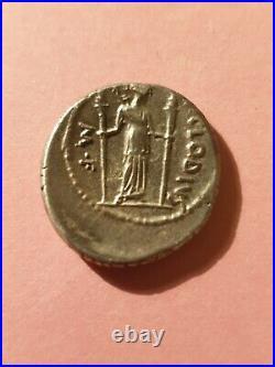 Denier Republique Romaine Claudia 42 Av. J. C
