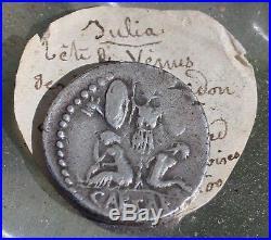 JULES CESAR denier tête de Vénus et trophée Gaulois