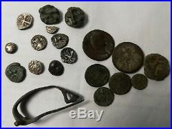 Lot 6 Deniers, 1 Bronze, 1 Quart, 2 Potins, 7 Romaines, 1 Fibule Complete