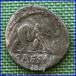 Monnaie romaine- ARGENT R1 JULES CÉSAR DENIER à l'ÉLÉPHANT RARE