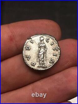 Monnaie romaine / roman coins denier de Lucille /denarius Lucilla