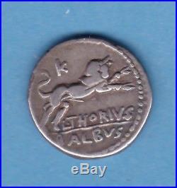 (RepR 18) DENIER DE LA RÉPUBLIQUE ROMAINE L. THORIVS BALBVS -105 (TTB)