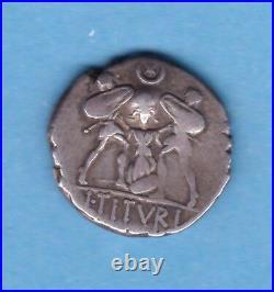 (RepR 21) DENIER DE LA RÉPUBLIQUE ROMAINE L TITVRI LF SABINVS -89(TTB)