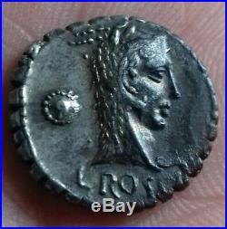 République Romaine. ROSCIA denier Serratus 64av. Jc