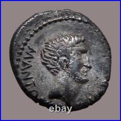 République romaine MARC ANTOINE Denier Epire -42 av JC Temple de Sol