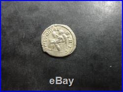 Septime Sévère Denier romain argent R/ Victoire