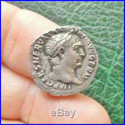 Trajan Denier Rome // Revers La Victoire